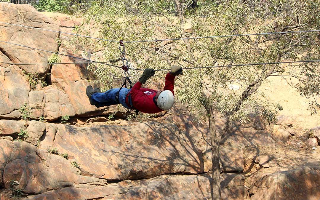 fitness365_IMF_crawling_mountain